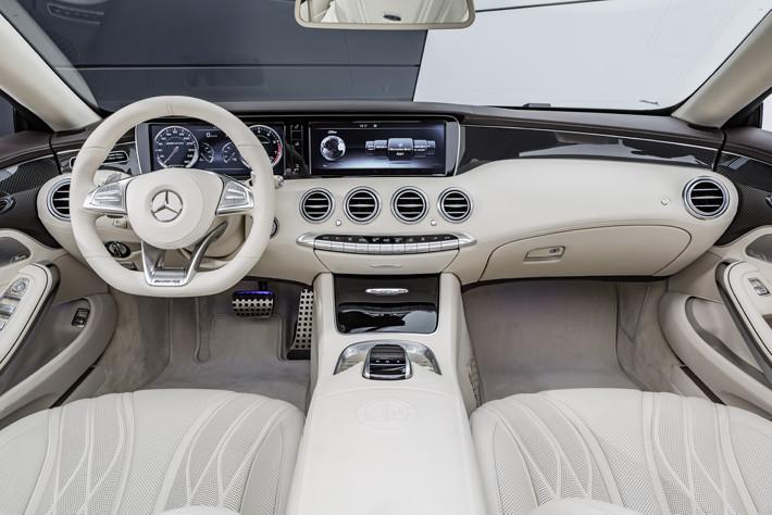Mercedes-Amg S65 Cabriolet interior