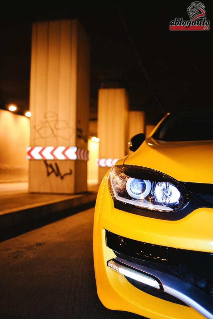 renault-megane-rs-trophy-275-review (7)